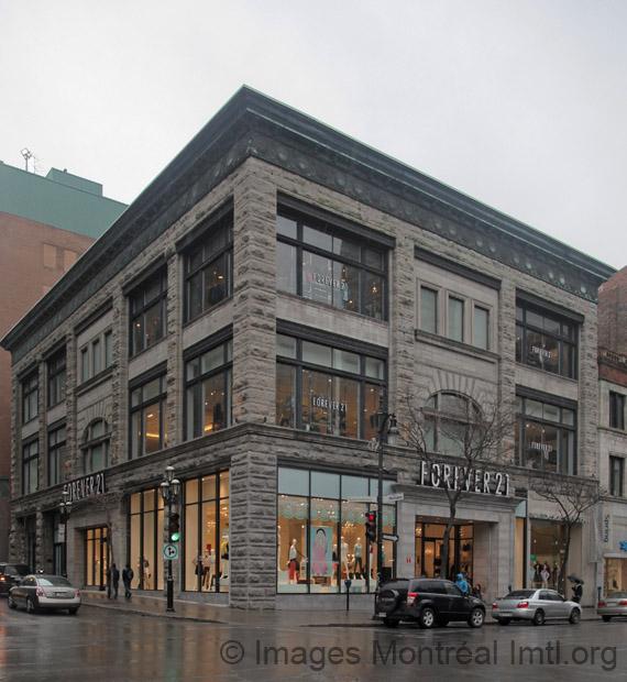 Ancien magasin ogilvy montr al - Magasins rue sainte catherine ...