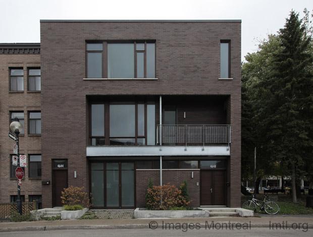 Maison contemporaine sur drolet montr al for Maison moderne montreal