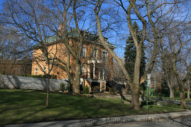 Avenue Ainsile Outremont