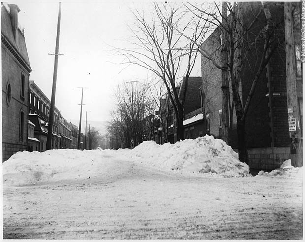 Mackay street in winter