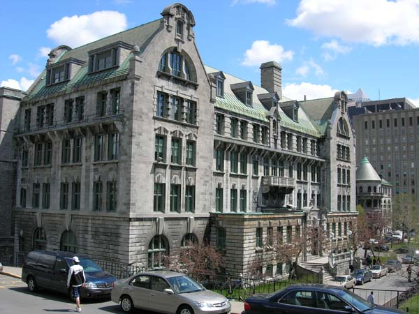 �difice Macdonald Engineering (McGill )